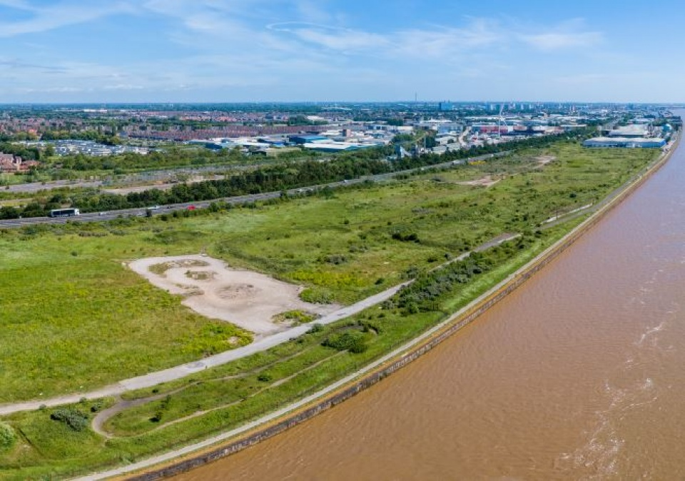 30 acre Hull waterfront site with 'huge development potential' placed on market